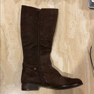 Kelly and Katie brown suede boots.